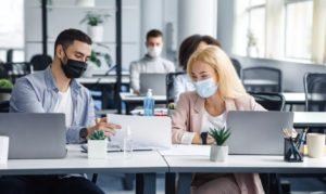 Salariés avec le masque